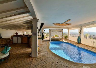 Beauty-concept-villa-toulonvar